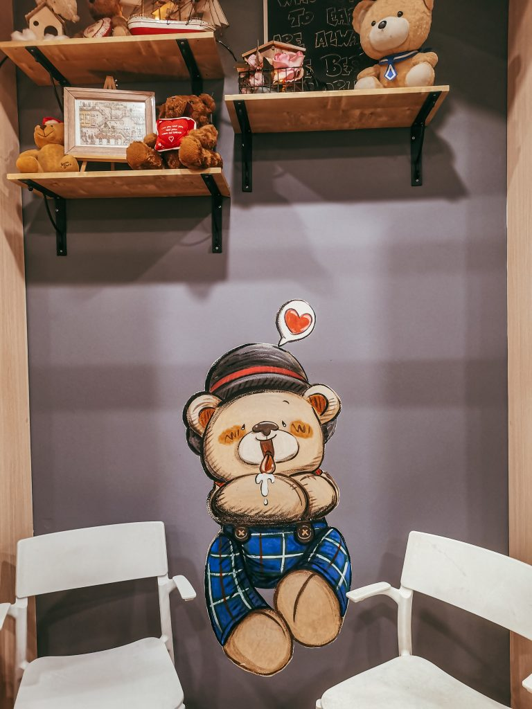 teddy bear cafe kelana jaya